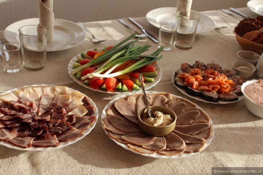 Обеды и дегустации делают из собственных продуктов по традиционным рецептам