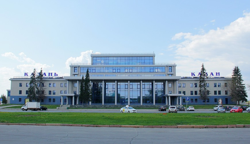 Начало нашего путешествия- Казанский речной вокзал.    Теплоходы в Свияжск отправляются один раз в день рано утром .Обратно после обеда.