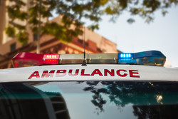 Туристический автобус перевернулся в Калифорнии: 26 раненых