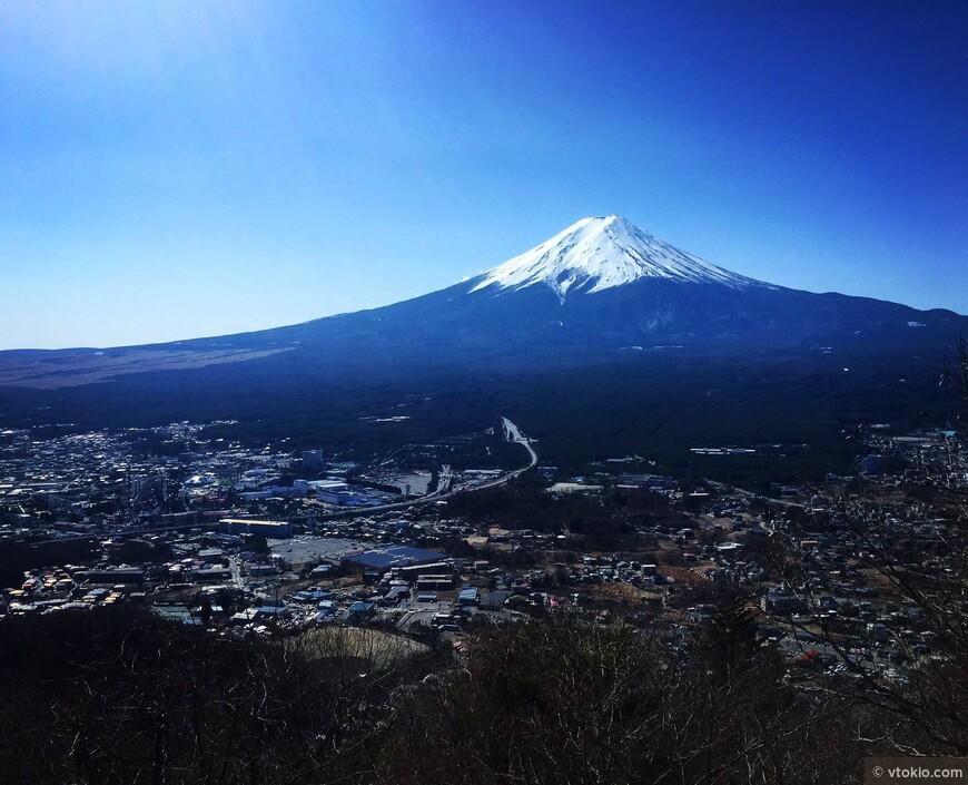 Гора Фудзи. Комментарии излишни.