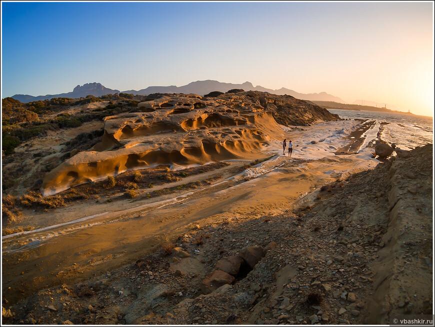 Пляж Алагади и те же.