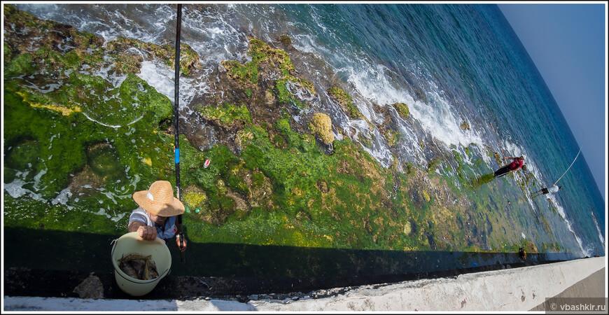 Рыбаки в Кирении.