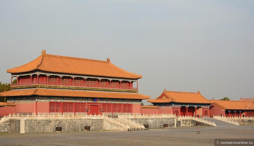 Дворцовые крыши