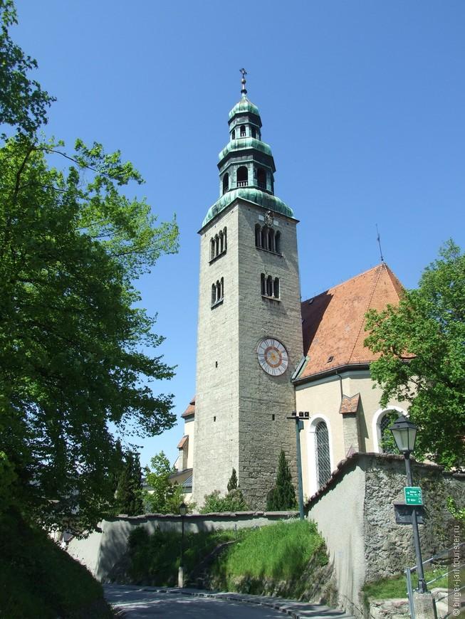 Кирха Maria Himmelfahrt, heiliger Augustinus, heiliger Alexius von Rom.