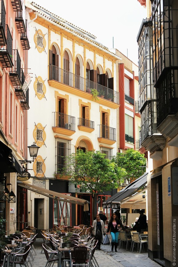 Белый с жёлтым - андалузский стиль!