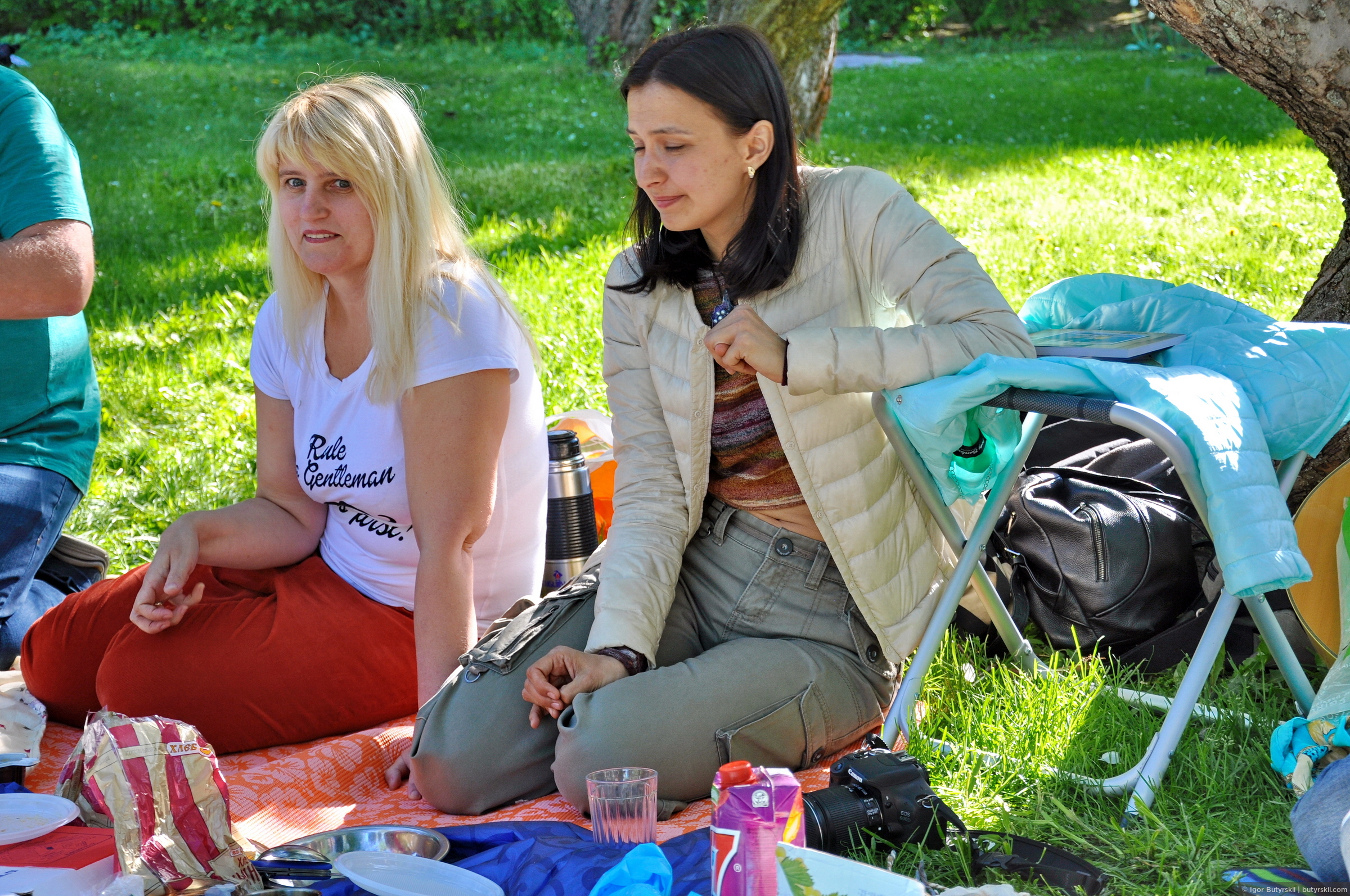 """Анна (<a href=""""http://l-ann.tourister.ru/"""" target=""""_blank"""" class=""""ext_link""""><strong>L-ann</strong></a>) и Ольга (<a href=""""http://mabuta.tourister.ru/"""" target=""""_blank"""" class=""""ext_link""""><strong>Mabuta</strong></a>), Туристер встреча-2016 в Коломенском"""
