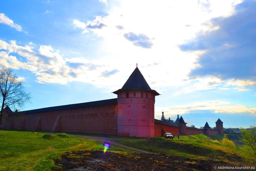 Весь ансамбль Спасо-Евфимиева монастыря входит в состав Владимиро-Суздальского музея-заповедника. В зданиях размещаются экспозиции, фондохранилища и подсобные службы.