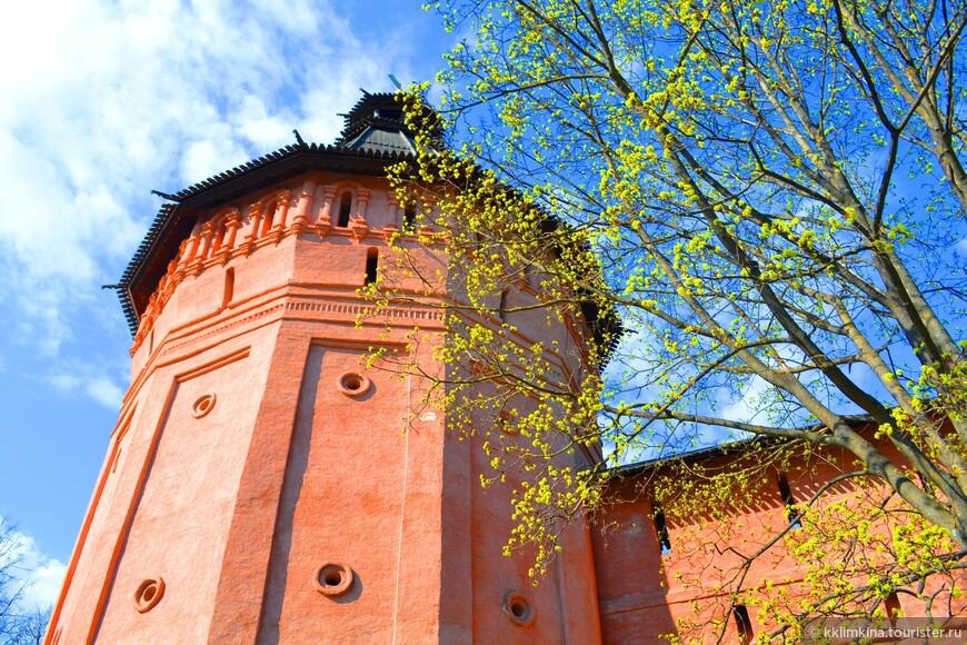 Сейчас Спасо-Евфимиевский монастырь недействующий и служит в основном на благо туристам как музейный комплекс.