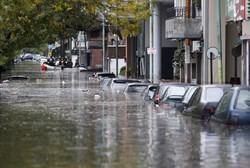 Наводнение в Париже: Лувр эвакуируют