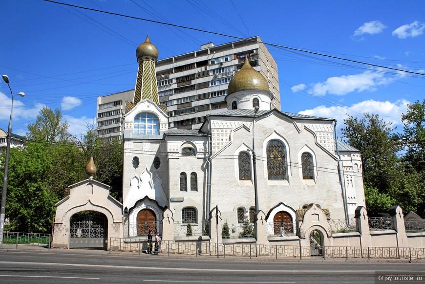 Старообрядческая церковь Покрова Пресвятой Богородицы. Была построена  - в 1911, закрыта  - в 1930 году. В 2005 году закончены реставрационные работы по восстановлению храма.