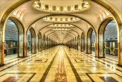 Все кассы метро Москвы до конца лета начнут принимать банковские карты