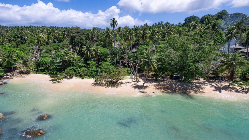 Пляж Лаем Ка, район Раваи, Пхукет.