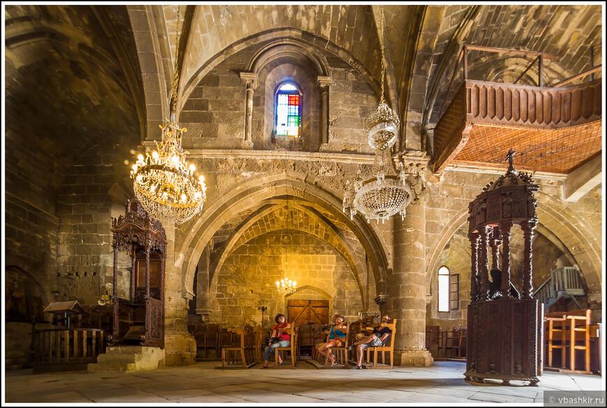 В аббатстве Беллапаис.