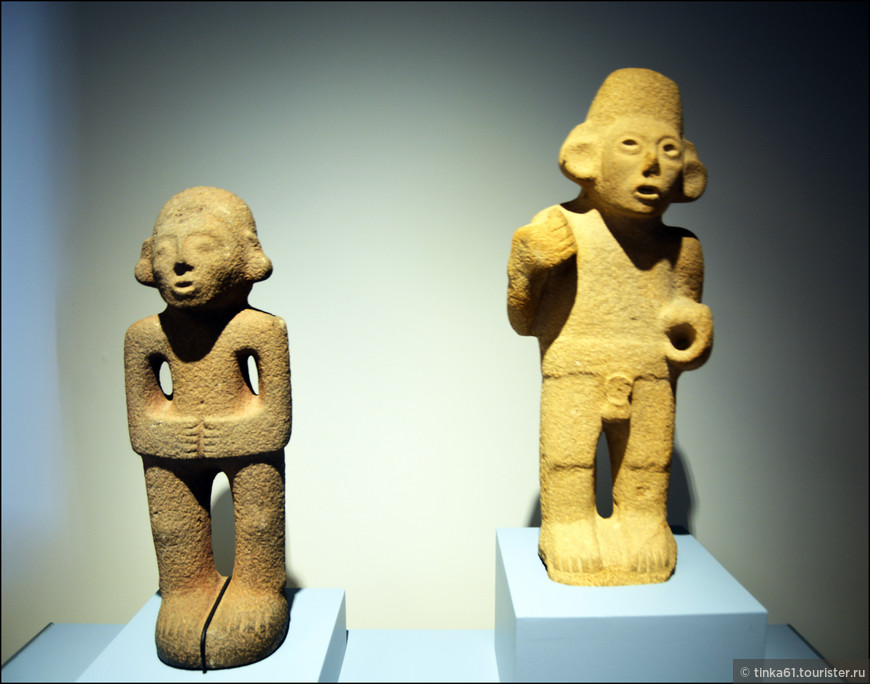 Одни из самых древних экспонатов музея. созданные в 2500 тысячелетии до нашей эры.