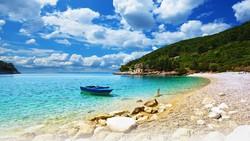 Голубой флаг в Хорватии получили 94 пляжа и 20 марин