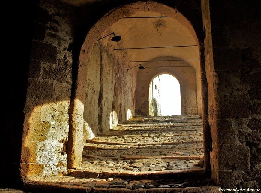 Въезд в Крепость Сорано.