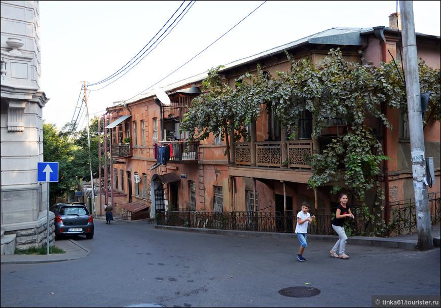 На улочках старого Тбилиси.