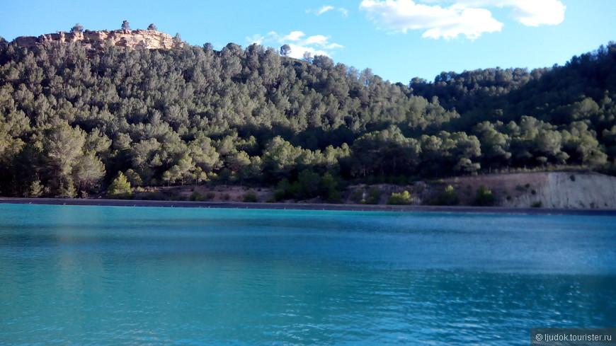 Кажется, озеро, а это водохранилище