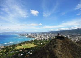 По Гавайским горам, пляжам и паркам острова Оаху