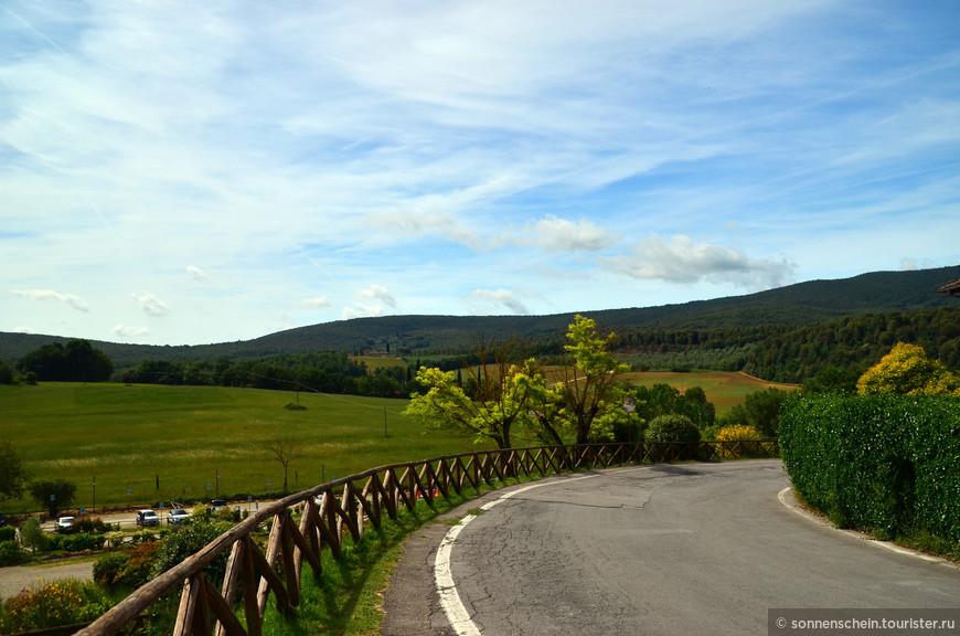 В сельском пейзаже подобный дом, основной пункт изолированного поместья, гарантировал крестьянской семье автономность.
