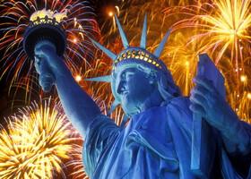 Фейерверки в США в День независимости