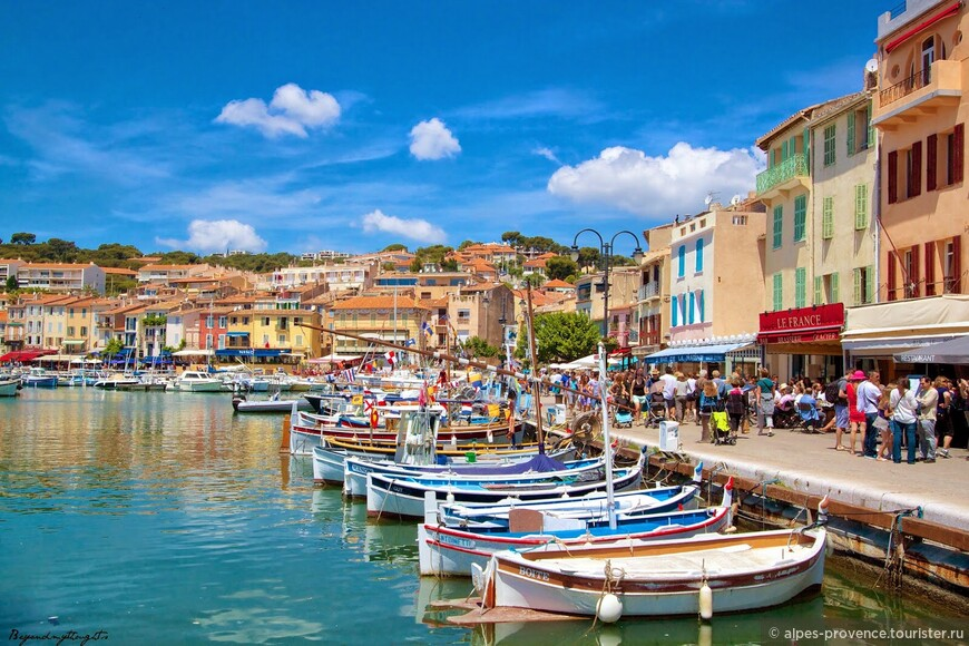Милый городок Кассис. Франция.