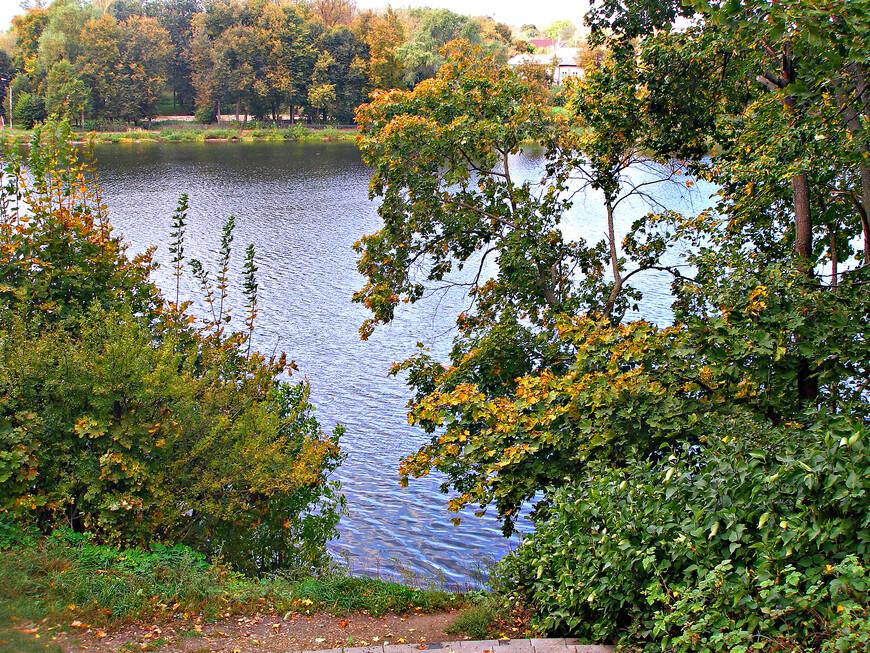 Вода являлась душой ландшафта, его главным украшением., В Богородицком парке Болотовым была устроена уникальная гидросистема: большие и малые пруды, водопады, каскады.