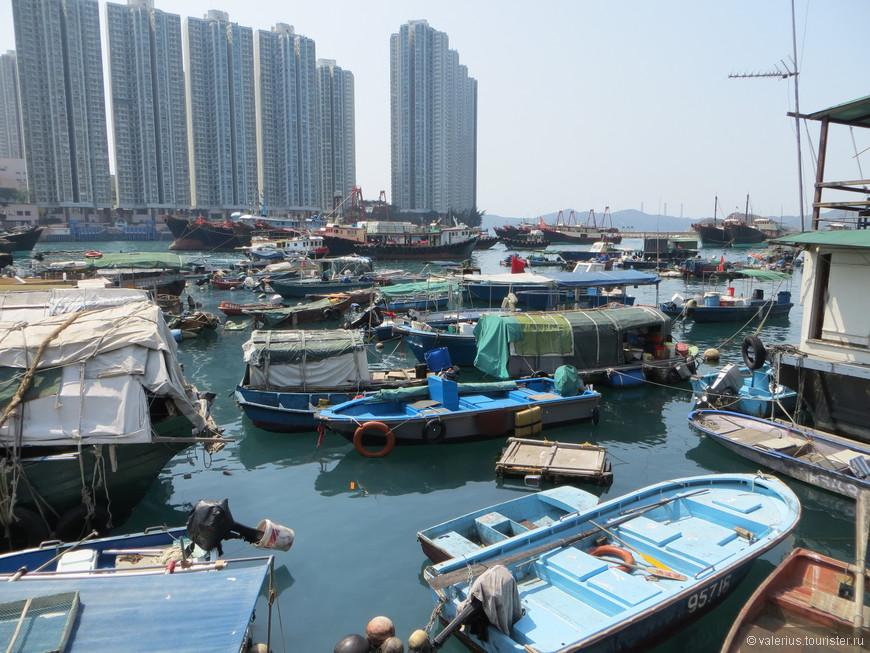 Рыбаки и их плавучие дома