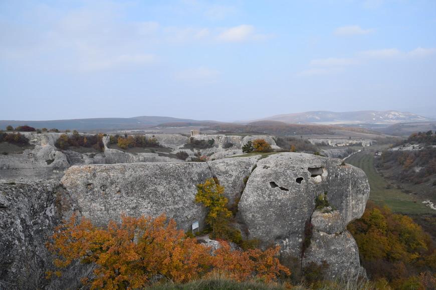 Эски-Кармен возник в конце VI века нашей эры. Считается, что это древнее византийское укрепление.