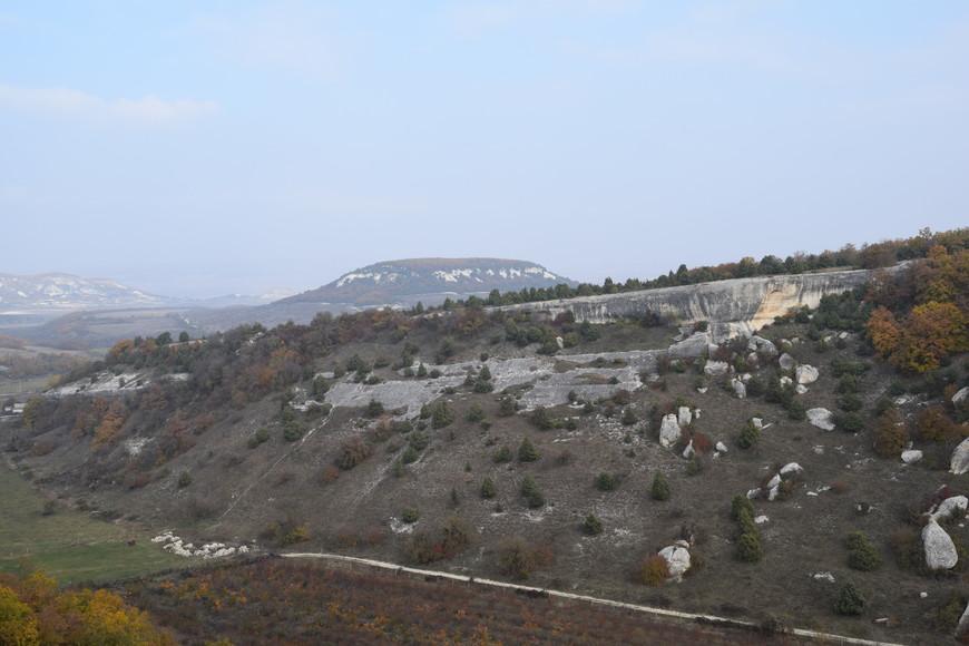 Вид на долину с плато.
