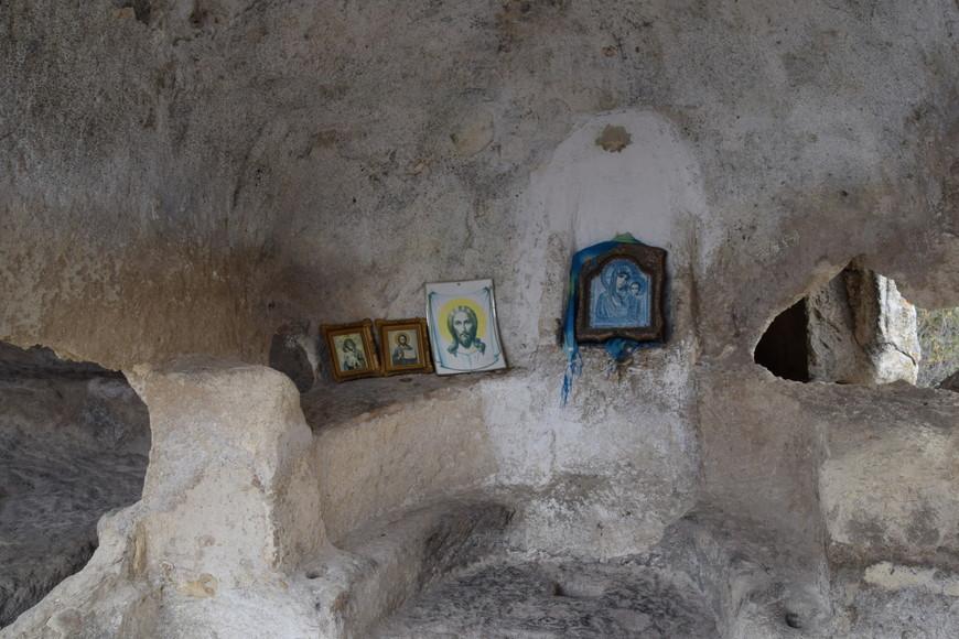 Пещерная церковь.