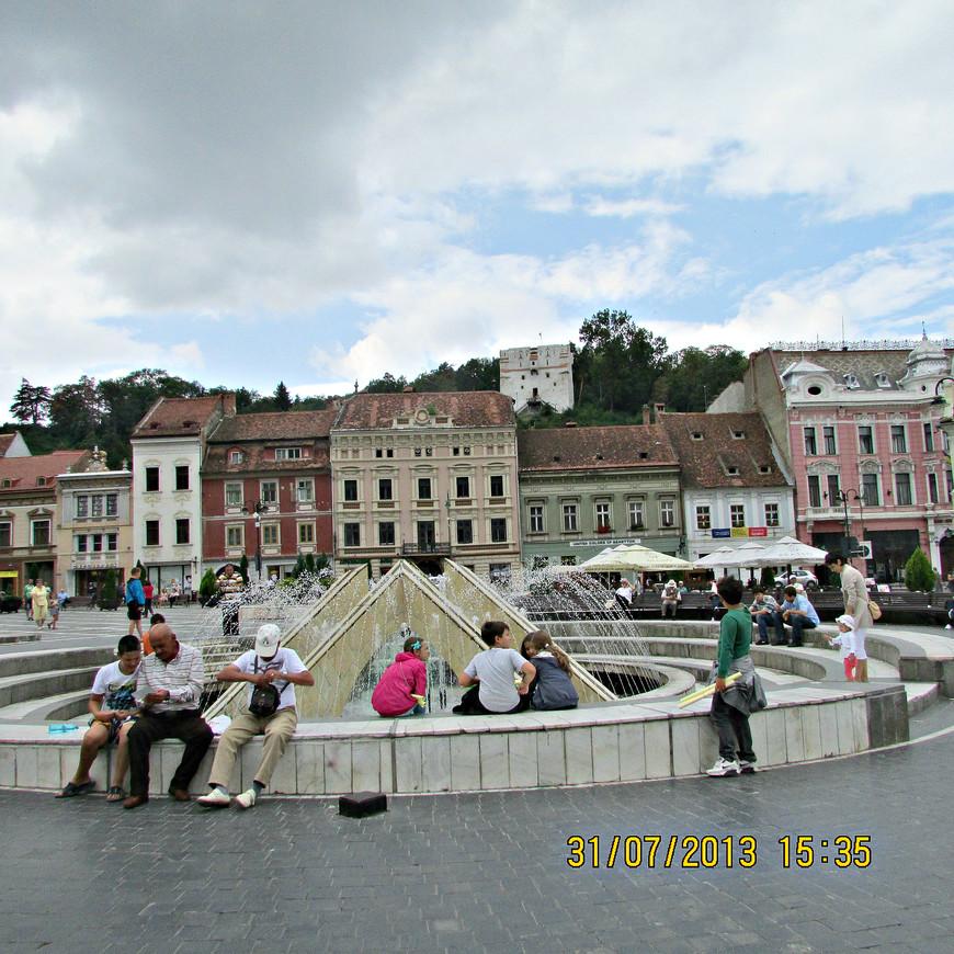 Фонтан на Ратушной площади.
