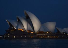 Сиднейский оперный театр (Sydney opera house).
