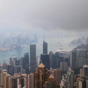 """Забравшись повыше любуешься Гонконгом и спрашиваешь сама себя: """"Неужели я здесь была?"""".."""