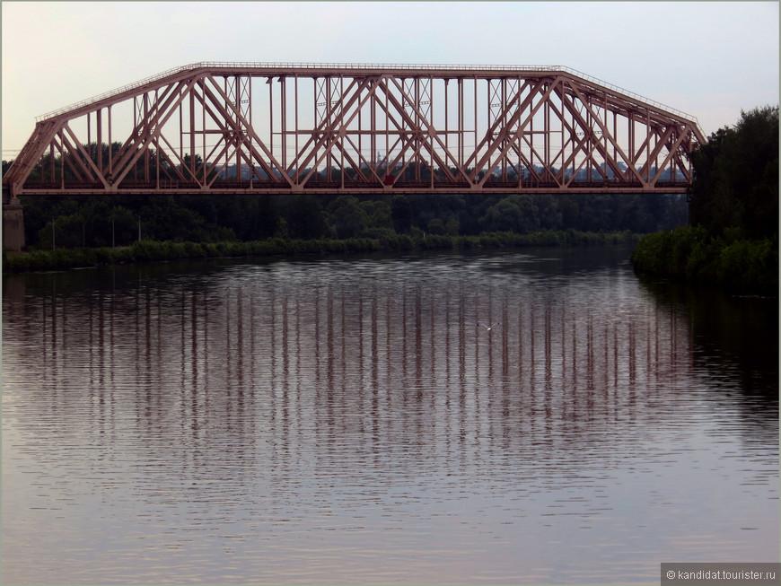 Конечно это просто мост.... Но не Просто.. А Мост... Чуть позже покажу не лучшую альтернативу.
