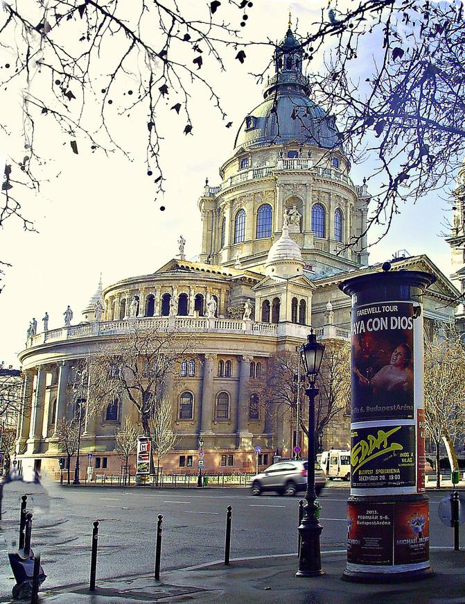 Базилика св. Иштвана - главный собор столицы.