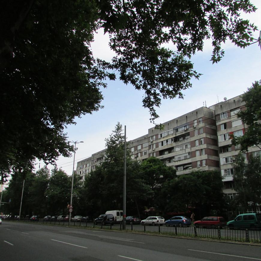 Дорога от отеля до парка лежала через спальные районы Бургаса.