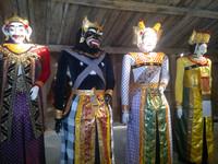 Музей масок и кукол
