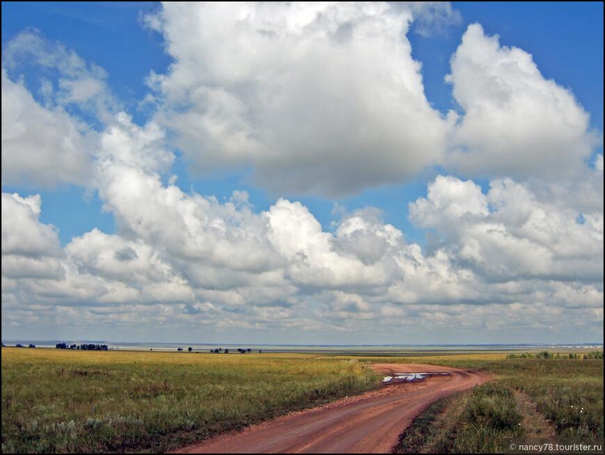 Казахстанские степи на подъезде к Боровому