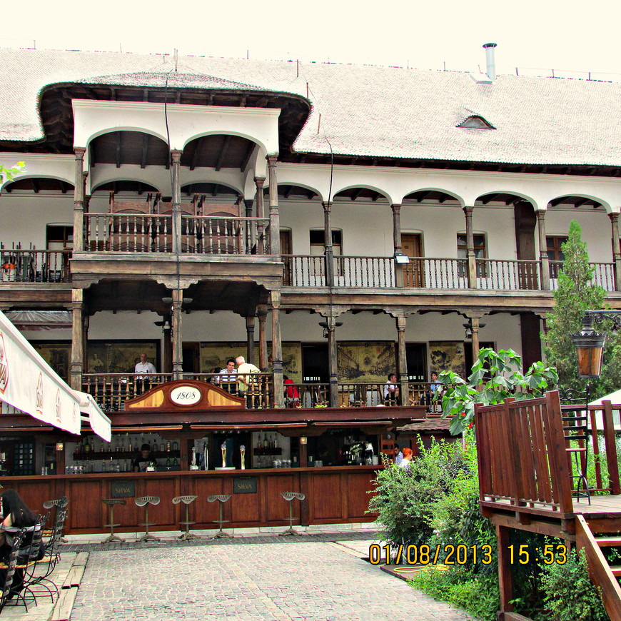 Двор Манук-бея. Старейший постоялый двор румынской столицы.