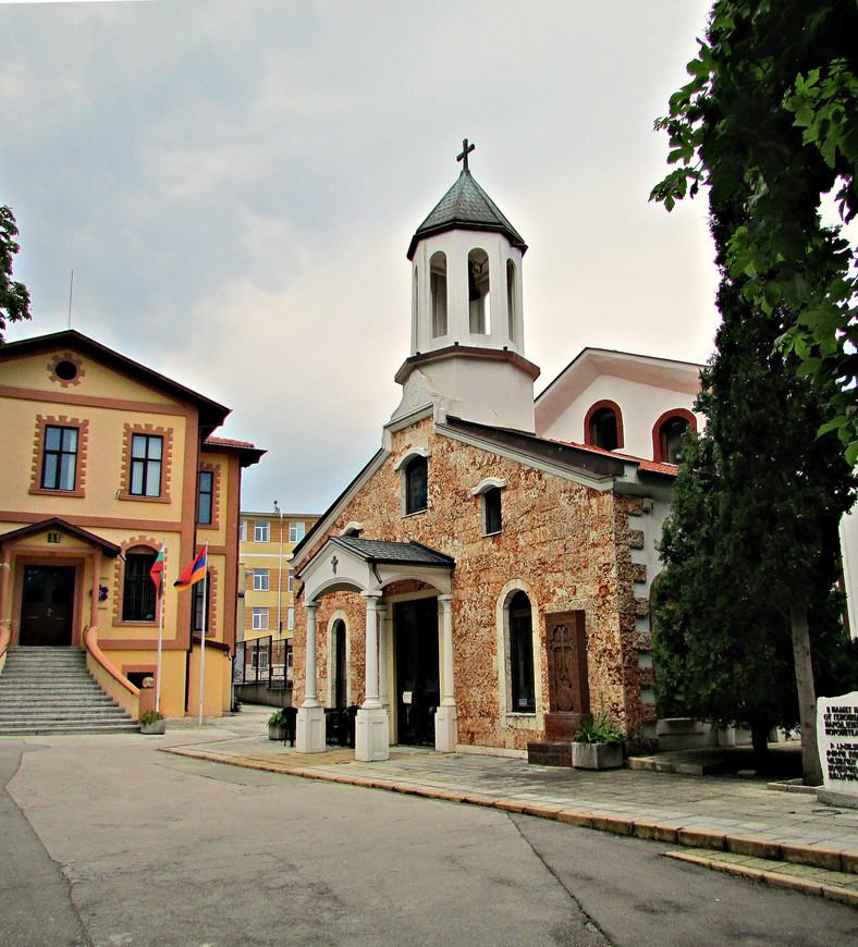 Прекрасная армянская церковь св. Саркиса.