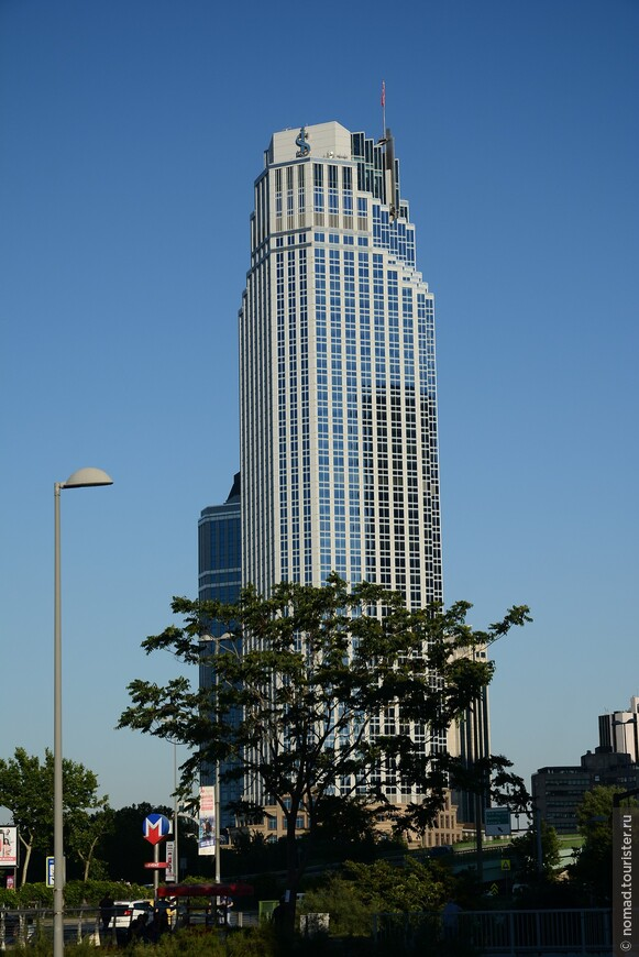 Isbank Tower 1, высота 181 м