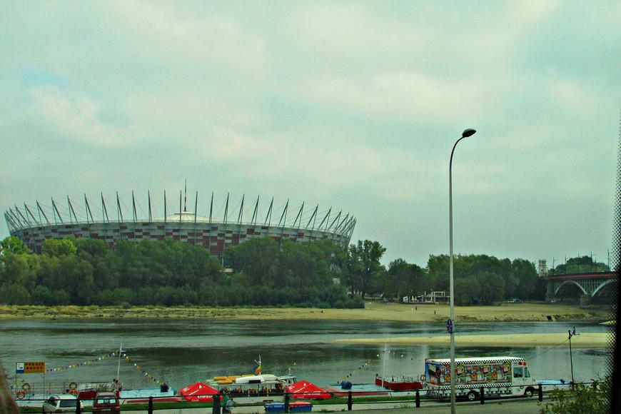 Национальный стадион.