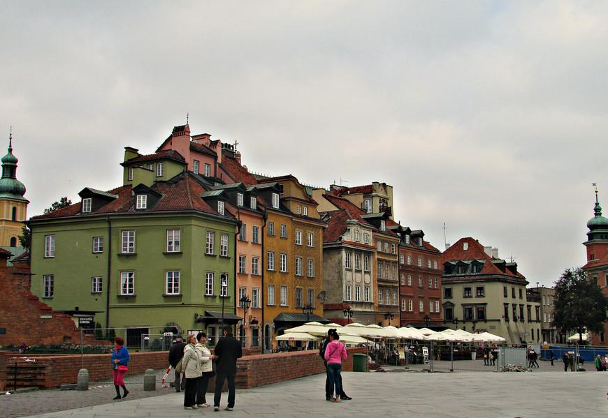 Замковая площадь.
