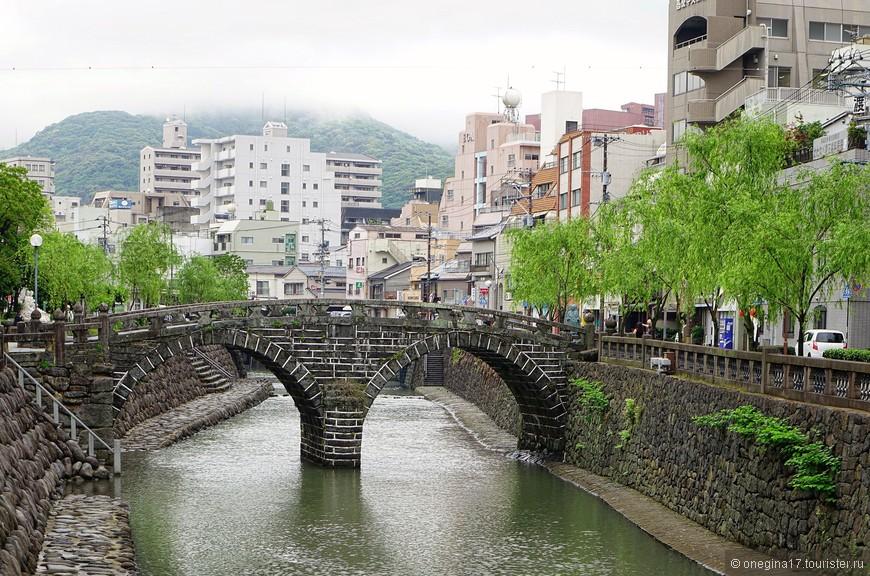 Меганэ-баси, он же Окулярный мост через реку Накасима. Красивейшее место в городе!