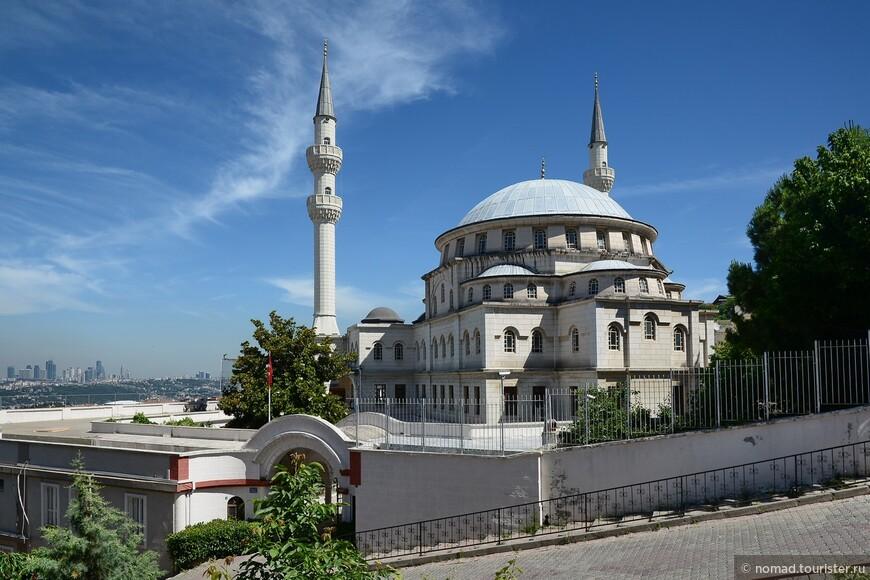 Мечеть Нурбаба.