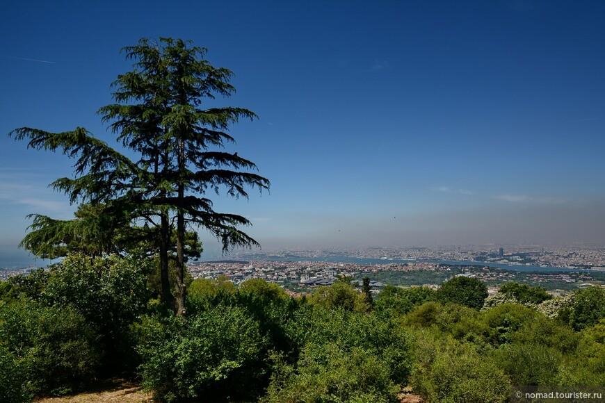 Парк Чамлыджа. Вид на Босфор.