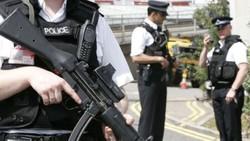 Преступник напал на людей с ножом в центре Лондона