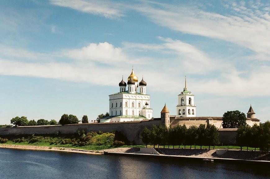 от вида Троицкого Собора, возвышающегося за древними стенами Кремля, захватило дух!