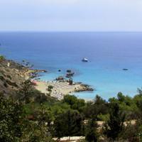 Вид на пляж Konnos Bay. Миленький ))
